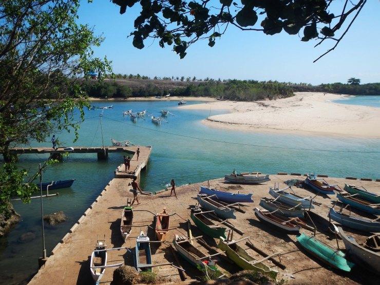 Pantai Perlo